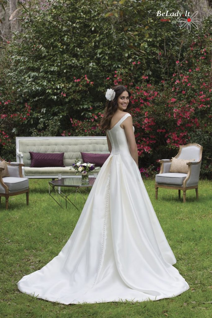 Mikado šilko vestuvinė suknelė