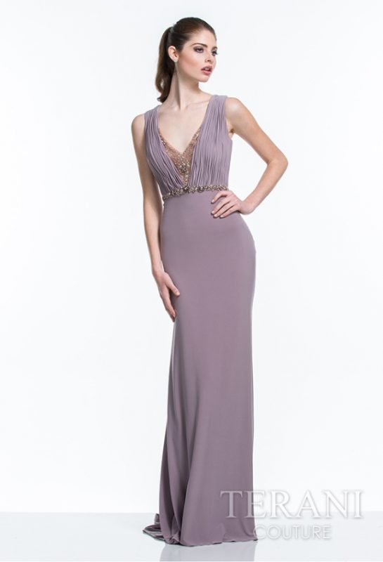 Prabangi ilga proginė suknelė su šleifu