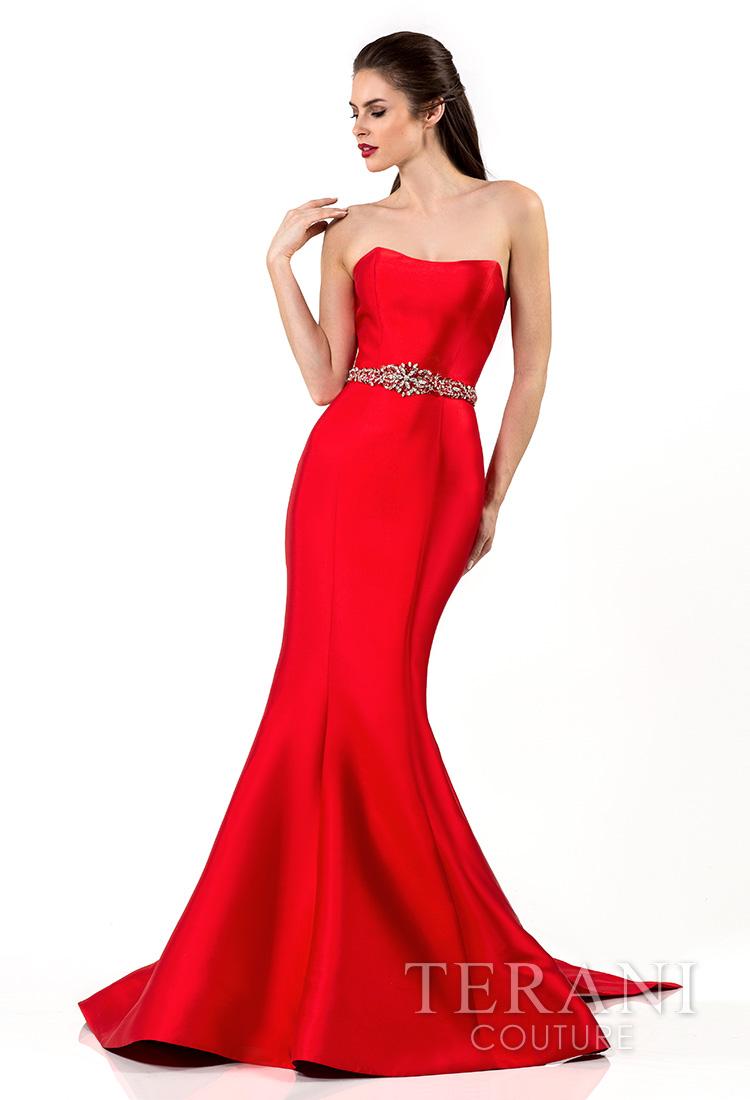 Raudona proginė suknelė su dirželiu