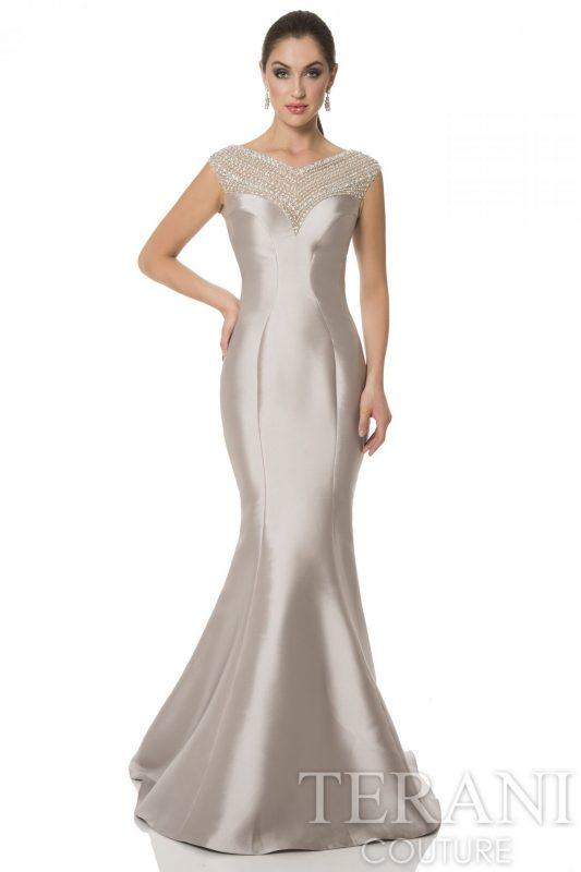Prabangi undinėlės formos proginė suknelė