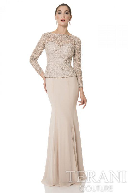 Perlais siuvinėta proginė suknelė