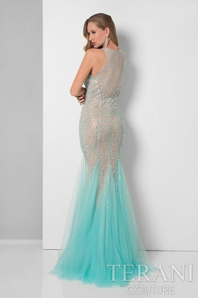 Undinėlės formos proginė suknelė su perlais