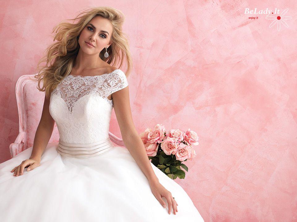 Pūsta vestuvinė suknelė atvira nugara 18_2806B