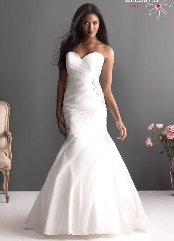 Vestuviniu sukneliu ispardavimas