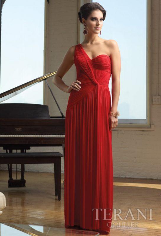 Raudona suknelė per vieną petį