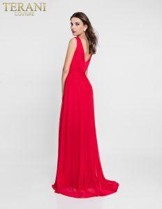 Raudona suknelė su skeltuku 1812B5427