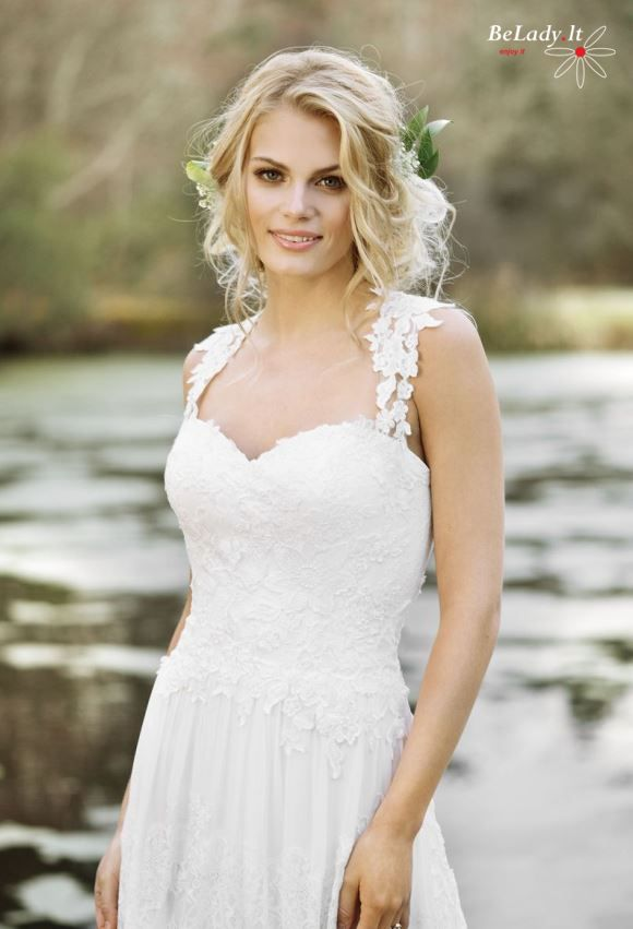 Boho vestuvinė suknelė