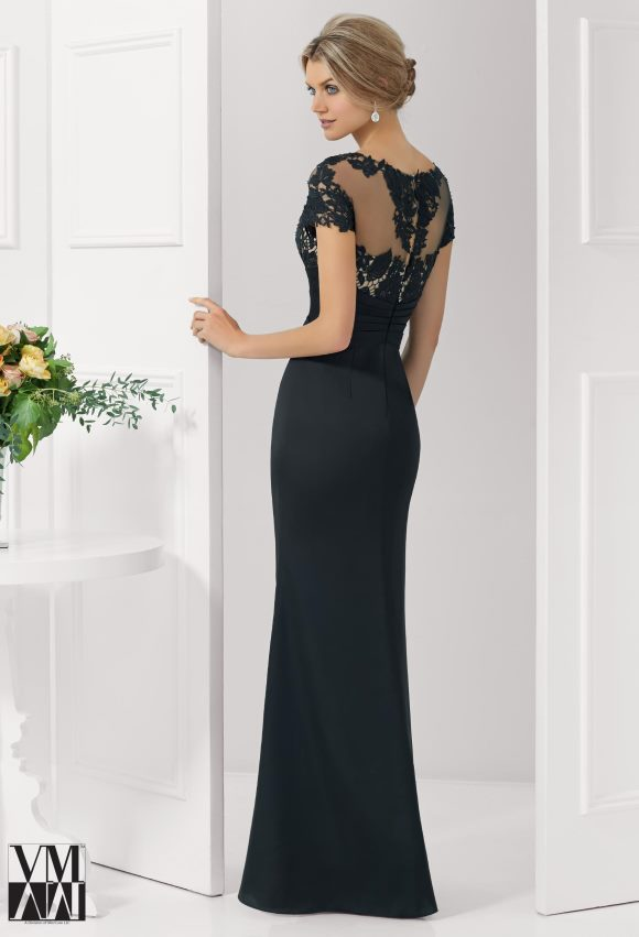 proginė suknelė trumpom rankovėm