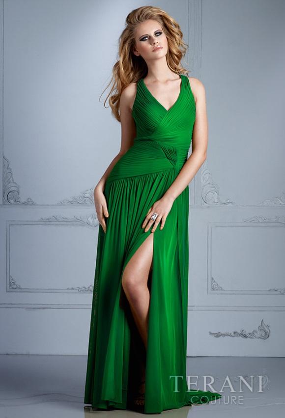 Ilga proginė žalios spalvos suknelė