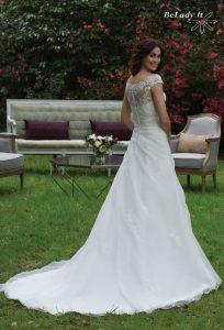 Didelio dydžio vestuvinė suknelė 3957