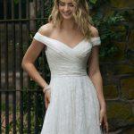 Blizganti vestuvinė suknelė 44049 B