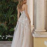 Šampano spalvos vestuvinė suknelė 44073_BZ
