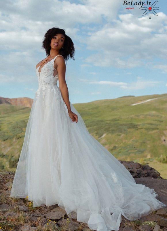 Bohemiška vestuvinė suknelė atvira nugara