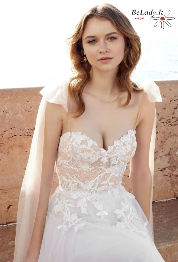 2021 metų vestuvinė suknelė