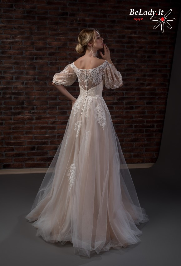 Vestuviniu sukneliu nuoma su rankovytem